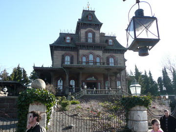 La maison Hantée (The Haunted House) - EuroDisney