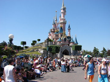 Disneyland Paris - The castle of La Belle au Bois Dormant
